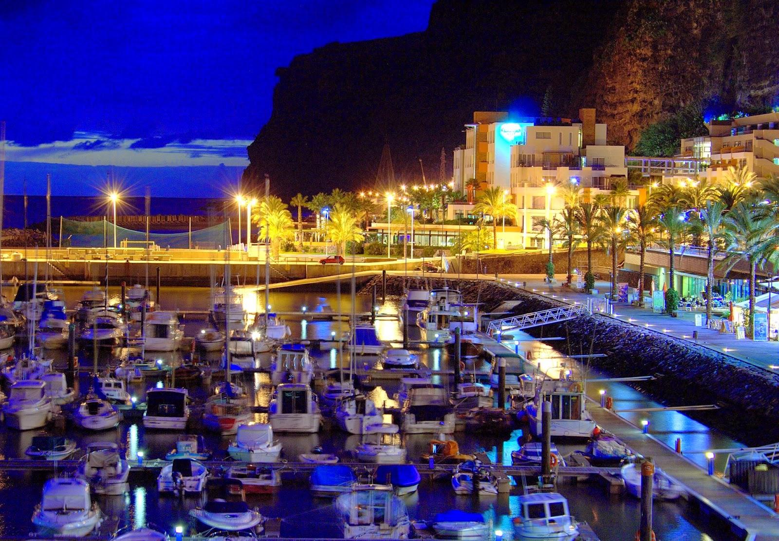 Marina Calheta - unser Liegeplatz im Hafen von Calheta